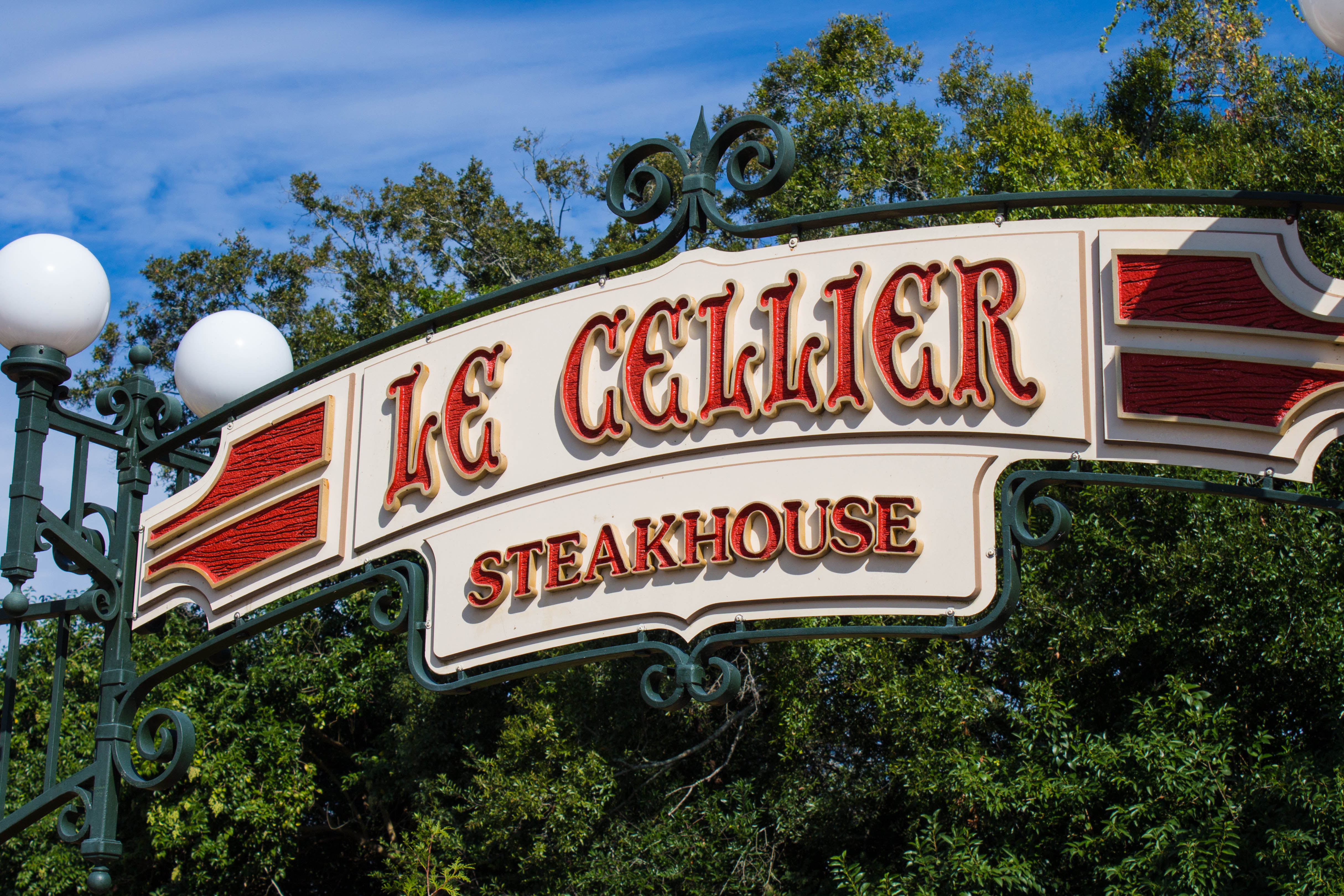 Le Cellier Steakhouse Sign