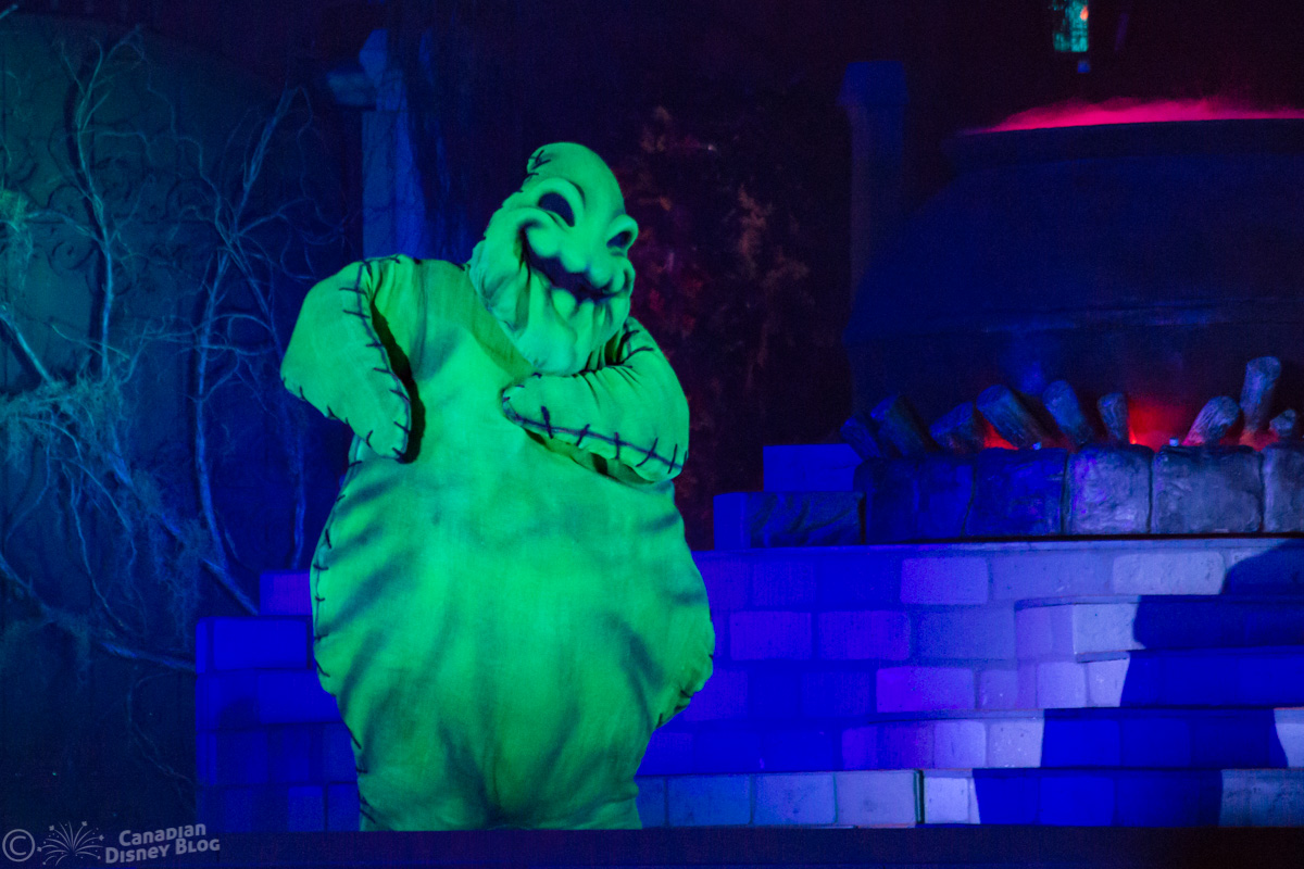 Ooogie Boodie during the Hocus Pocus Villain Spelltacular