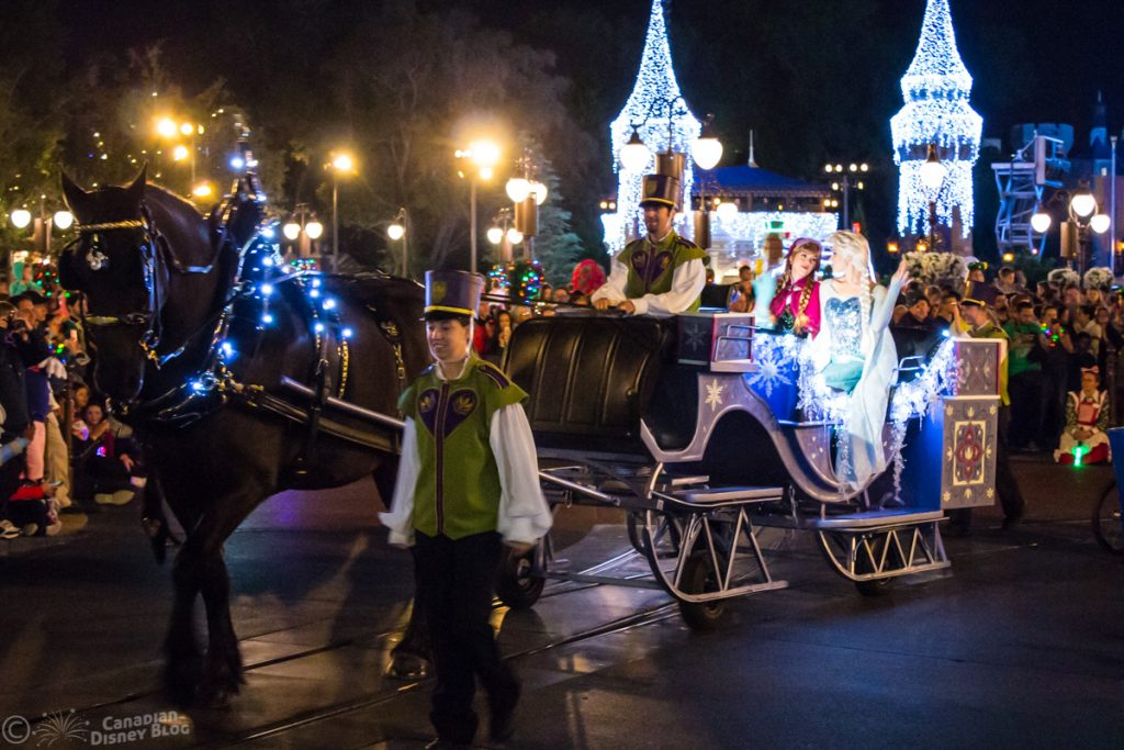 Mickey's Once Upon a Christmastime Parade - Anna & Elsa