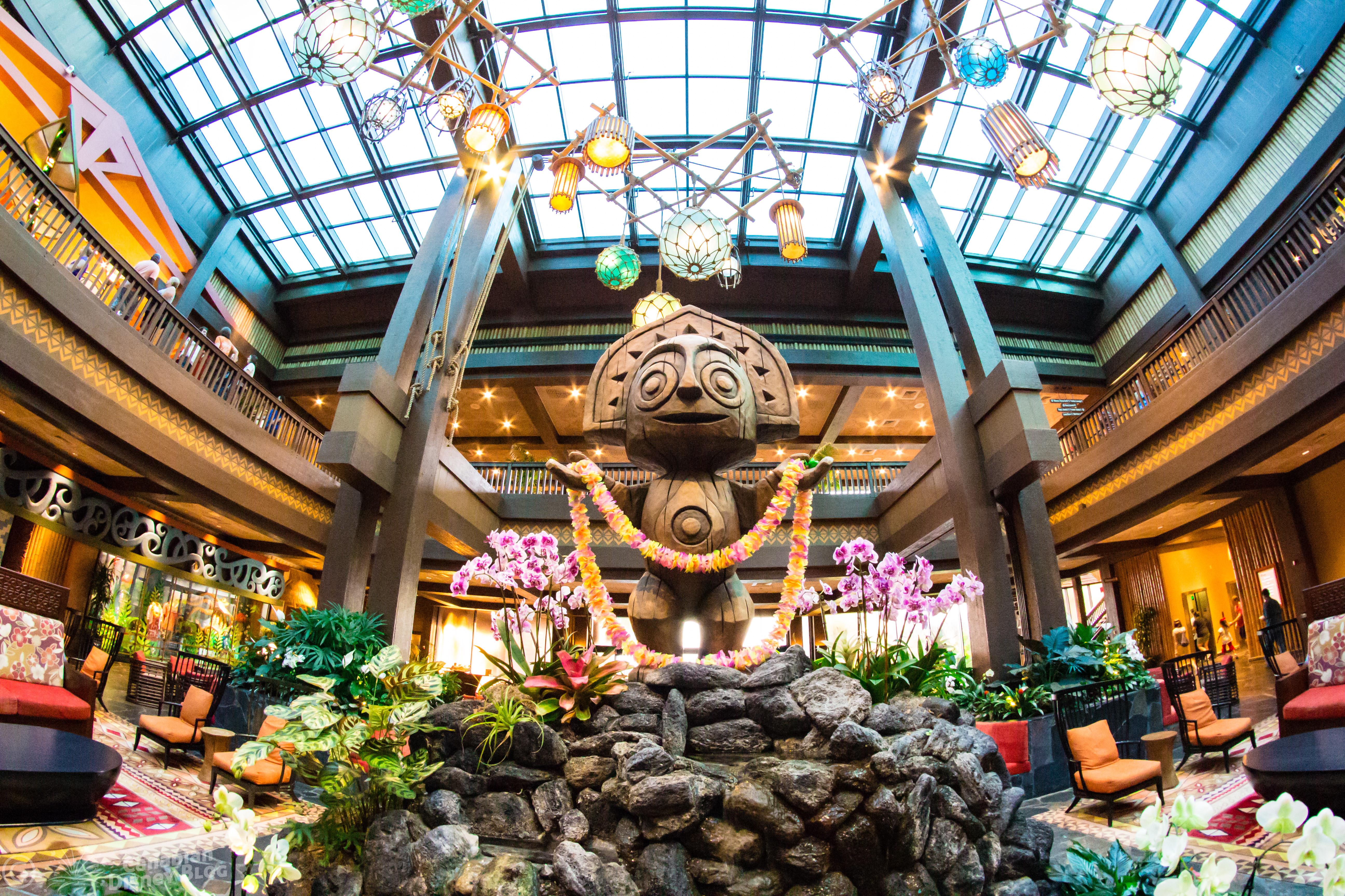 Disney's Polynesian Resort Tiki Statue