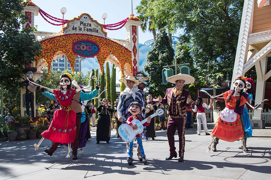 Plaza de la Familia at Disneyland California