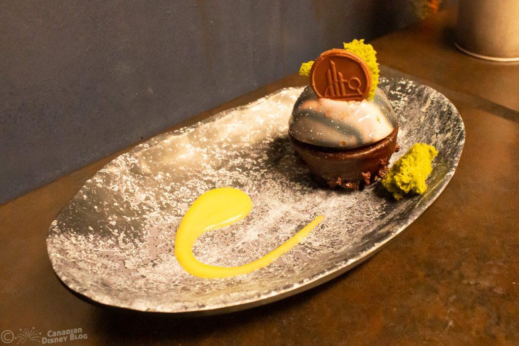 Batuu-bon dessert from Docking Bay 7 Food and Cargo in Star Wars Galaxy's Edge