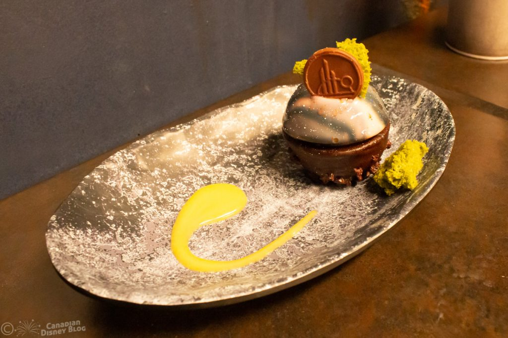 Batuu-bon dessert from Docking Bay 7 Food and Cargo in Star Wars Galaxy's Edge